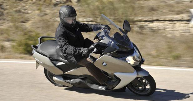 BMW s'attaque au Maxiscooter, ici en version GT… essai transformé ?