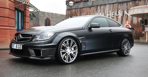 brabus pousse la c63 amg 800 ch et 370 km h. Black Bedroom Furniture Sets. Home Design Ideas