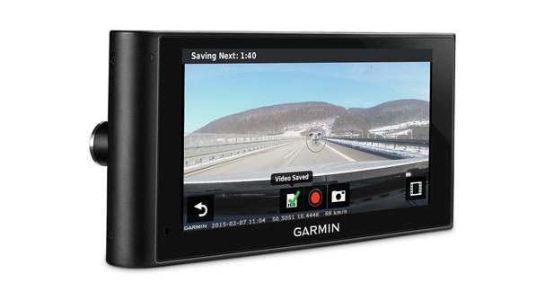 Dashcam, entrée caméra de recul, commande vocale : un GPS high-tech