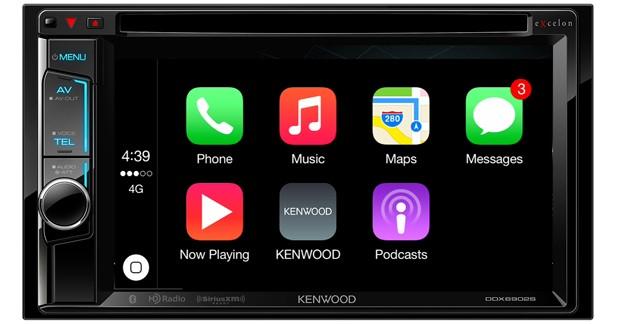 Kenwood présente deux nouveaux combinés multimédia disposant du CarPlay