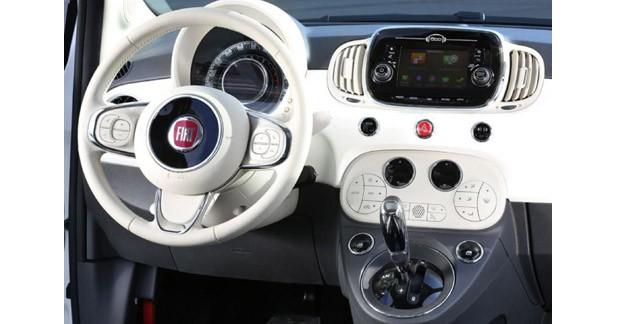 La nouvelle Fiat 500 s'équipe d'un système Tomtom avec services connectés