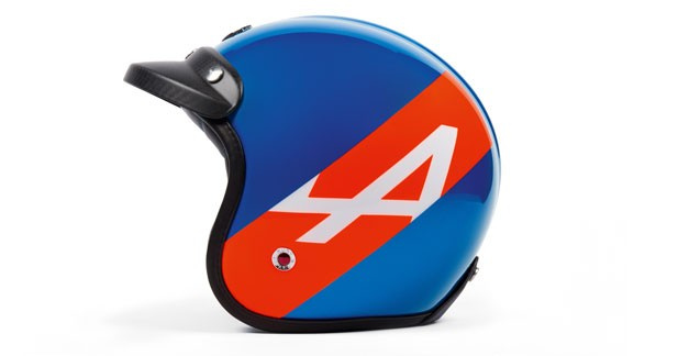 En attendant le retour d'Alpine : un casque à l'effigie de l'A110 50