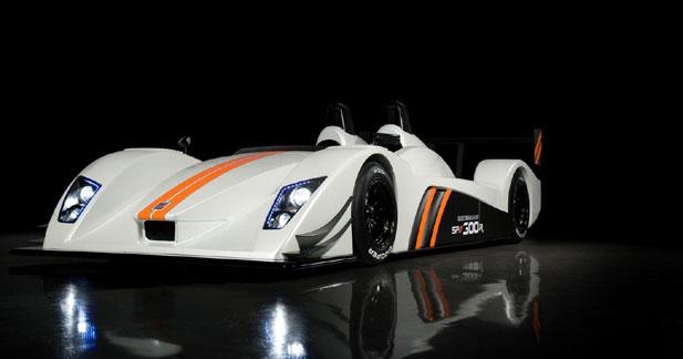 Caterham-Lola SP/300.R : 304 ch pour 600 kg