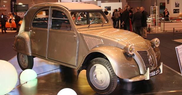 Citroën 2CV : 60 ans dans le rétro