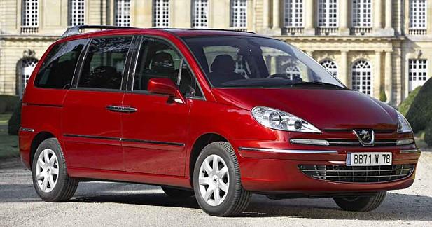 Peugeot 807 et Citroën C8 : fin de production