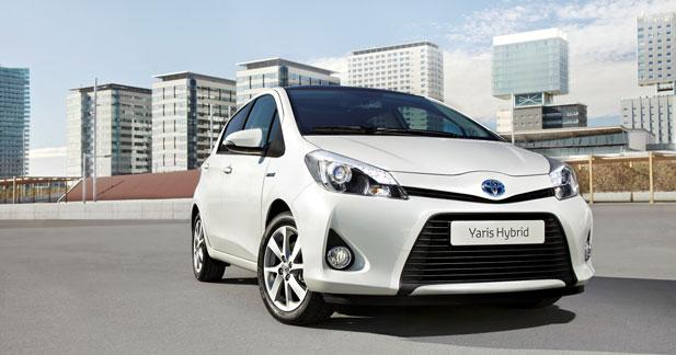 Toyota livre la première Yaris hybride commandée par l'UGAP