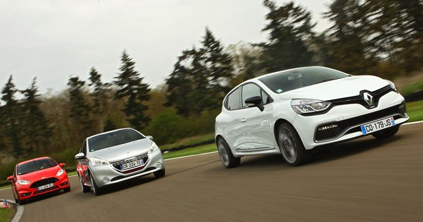 Comparatif Renault Clio R.S. / Peugeot 208 GTi / Ford Fiesta ST : le plaisir grand gagnant