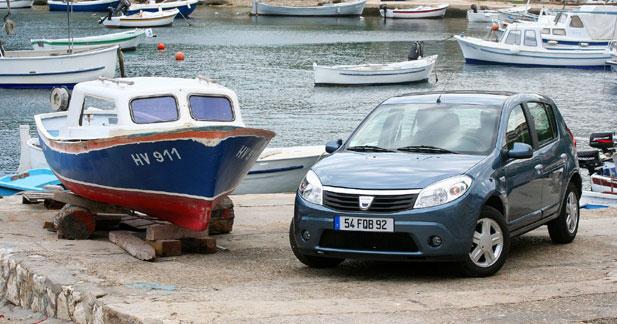 Dacia Sandero 1.6 MPI 90 ch : raison populaire
