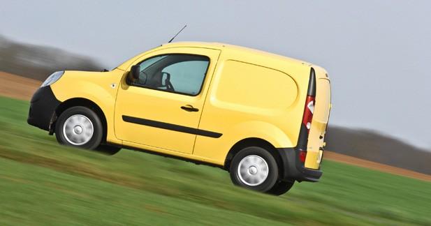 La ville de Versailles vend une partie de ses véhicules aux enchères