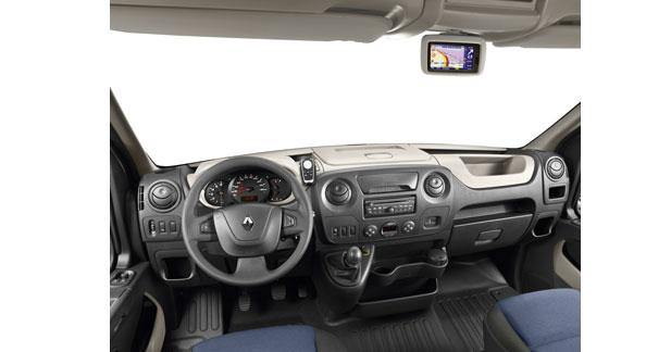 Renault généralise sur les utilitaires le GPS Carminat TomTom Live