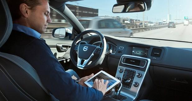 Les premières des 100 Volvo autonomes roulent à Göteborg