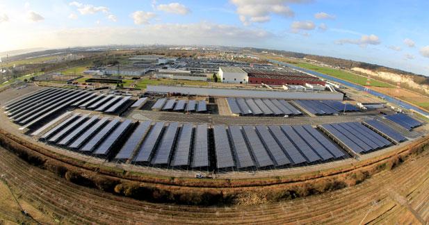 Renault passe au solaire pour ses usines