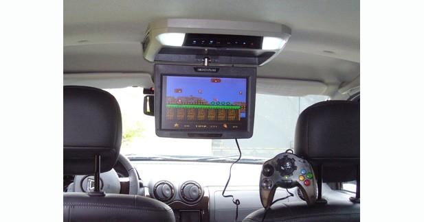 Installer les jeux vidéo en tout simplicité en voiture pour vos enfants