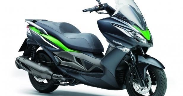Eicma 2013 - Kawasaki J300, un Dink Street sauce Ninja
