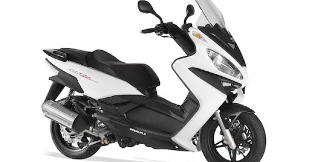 Eicma 2013 - Rieju Cityline 125 et 300, sur un air de Madison