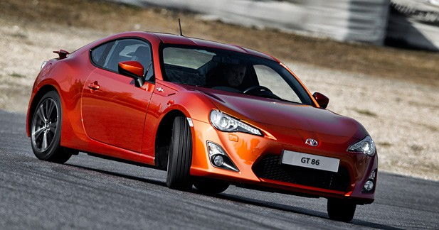 essai express toyota gt 86 gourmandise. Black Bedroom Furniture Sets. Home Design Ideas