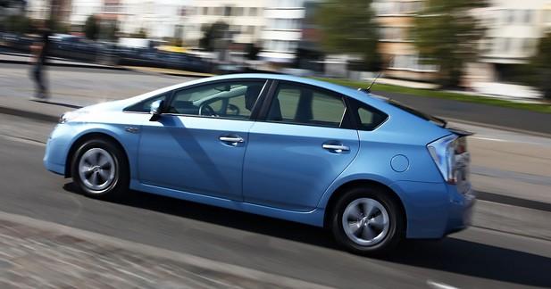 Essai Toyota Prius Rechargeable : une prise de poids