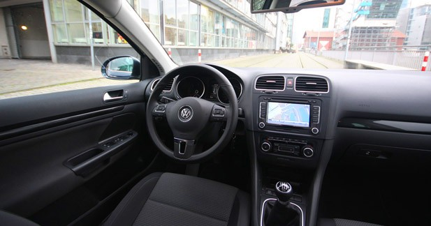 essai volkswagen golf 6 sw 2 0 tdi 140 ch le m me en mieux. Black Bedroom Furniture Sets. Home Design Ideas
