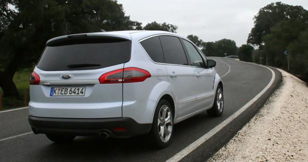 Essai Ford S-MAX 2.0L SCTi EcoBoost PowerShift : Plus qu'un restylage