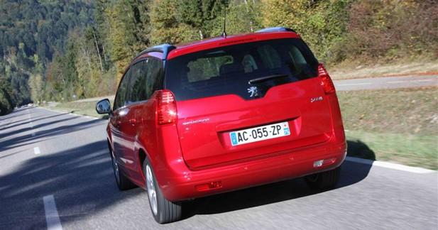 Peugeot 5008 : Le cousin ousider