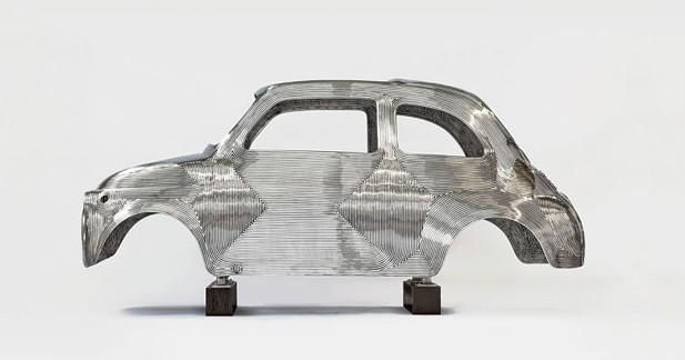 La Fiat 500 à la Pinacothèque Agnelli, star de l'exposition ''In Reverse'' de Ron Arad