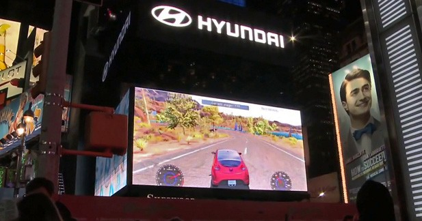 Un jeu vidéo Hyundai en plein Times Square