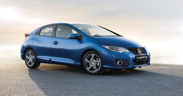La Honda Civic X file en concessions