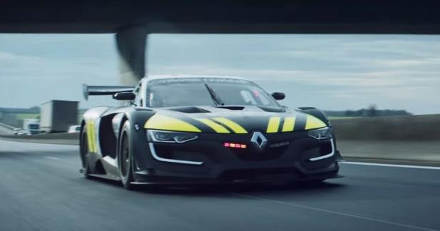 Jean Ragnotti et la Renault Sport RS 01 s'engagent dans la police