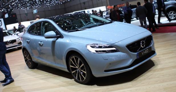 Volvo V40 restylée : pour suivre le mouvement
