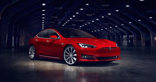 Tesla Model S : discret restylage