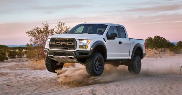 Quand le Ford F-150 Raptor se prend pour un buggy du Dakar