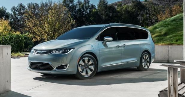 Google et Fiat-Chrysler développeront des monospaces autonomes ensemble