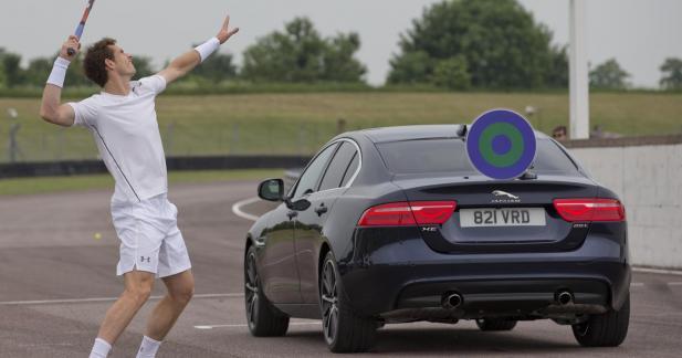 John McEnroe affronte Andy Murray en Jaguar