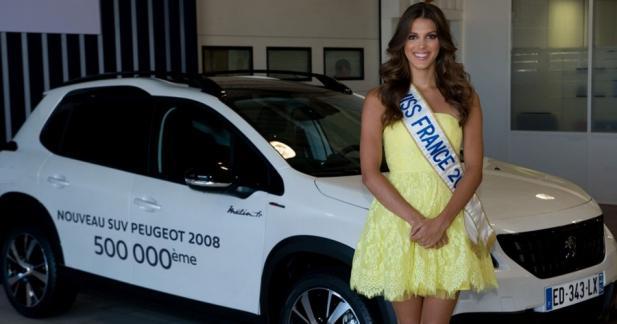 Miss France 2016 joue les livreuses pour Peugeot