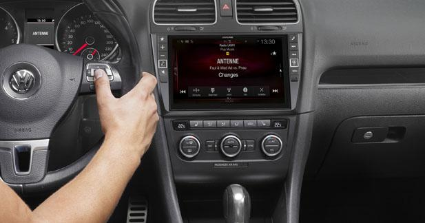 Un combiné multimédia avec écran de 9 pouces pour la Golf 6 chez Alpine Electronics