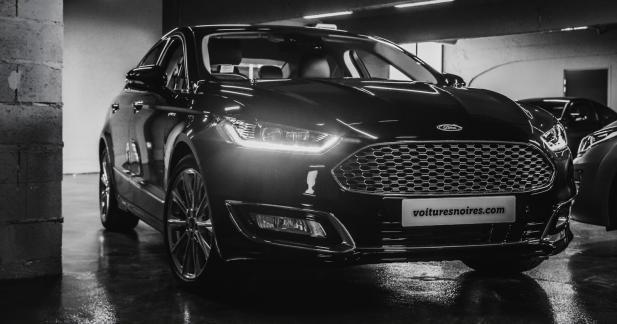 La Ford Mondeo Vignale maintenant à la location chez Voitures Noires