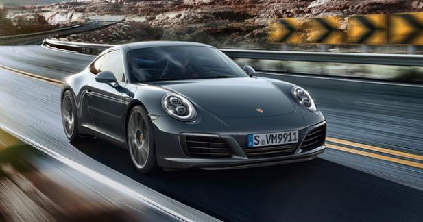 Paris : une Porsche mal garée se fait exploser le coffre par des démineurs
