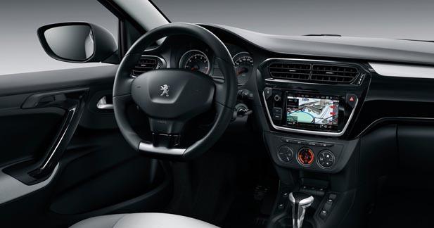 La nouvelle Peugeot 301 bénéficiera du CarPlay et d'Android Auto