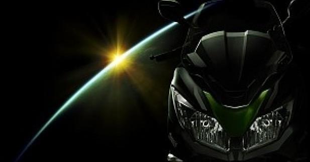 J300, le premier scooter Kawasaki confirmé pour décembre 2013
