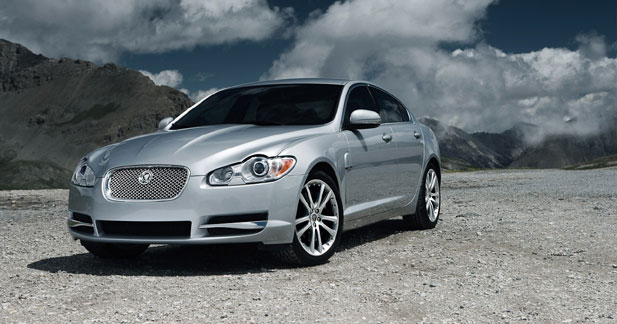 jaguar xf s diesel a armes gales. Black Bedroom Furniture Sets. Home Design Ideas