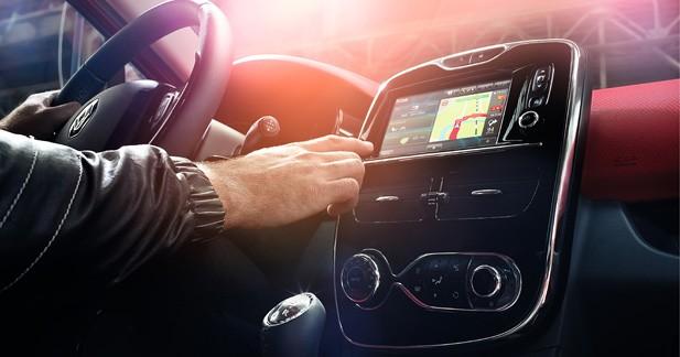 3 nouvelles applications voyage sur la tablette Renault R-Link