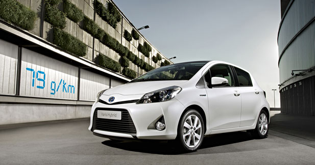 Une commande d'Etat pour la Toyota Yaris hybride