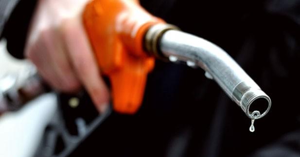 Carburants : toujours des prix hauts mais en recul
