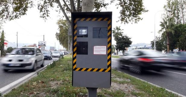 Manuel Valls étudie la faisabilité d'une limitation à 80 km/h sur le réseau secondaire