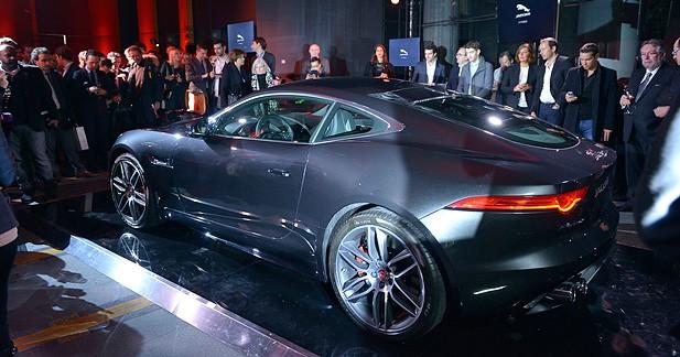 Du beau monde à la soirée de lancement de la Jaguar F-Type Coupé