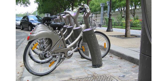 Les automobile clubs testent le vélo en libre-service en Europe