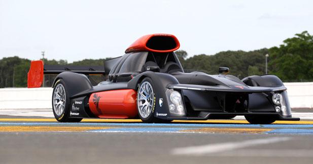 Une voiture à hydrogène au départ des 24 Heures du Mans 2013
