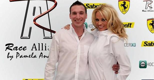 Pamela Anderson investit le sport automobile