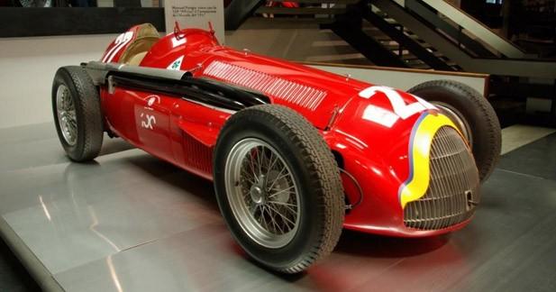 Alfa Roméo rend hommage à Fangio à Rétromobile