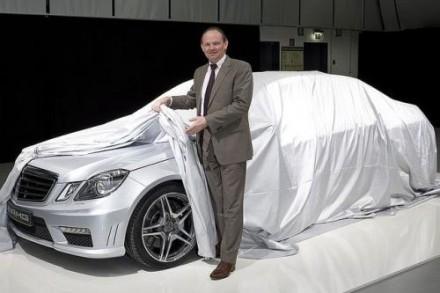 La Mercedes E63 AMG dévoile une partie de sa carrosserie